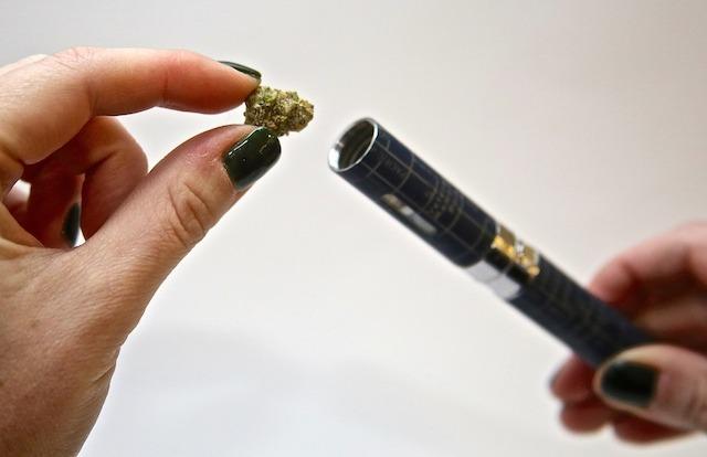 Which-Marijuana-Vaporizer-Should-You-Choose