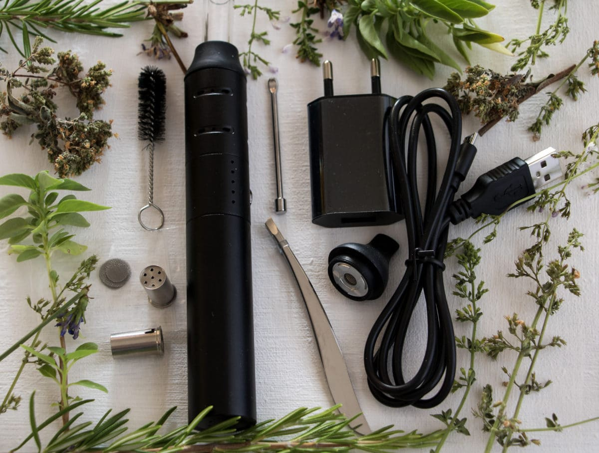 Dry Herb Vaporizer: Convection vs Conductin Type